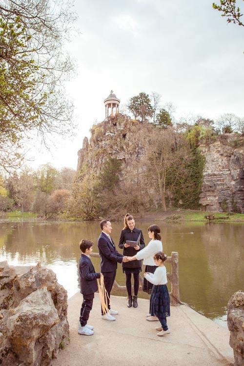 family ceremony paris officiant park
