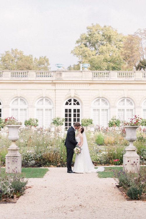 elegant Paris elopement location garden