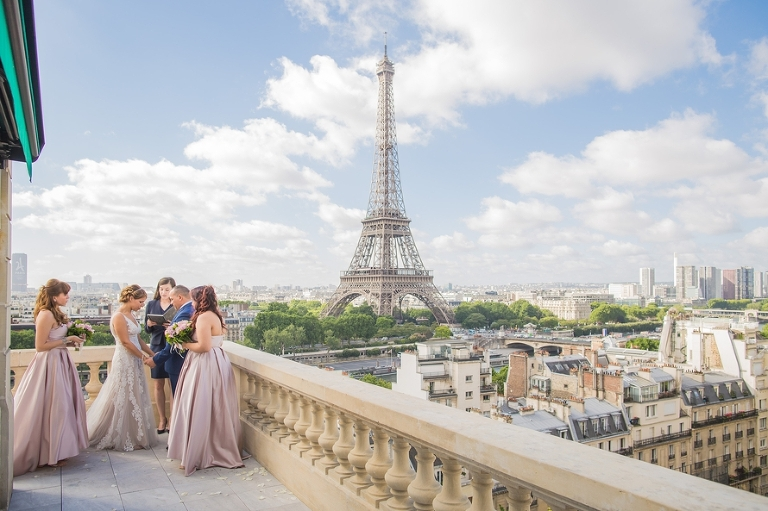 Eiffel Tower vow renewal