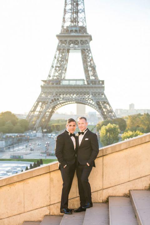 eiffel tower trocadero paris elopement gay couple