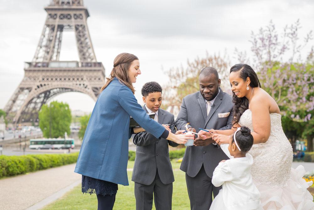 Paris celebrant officiant family wedding ceremony