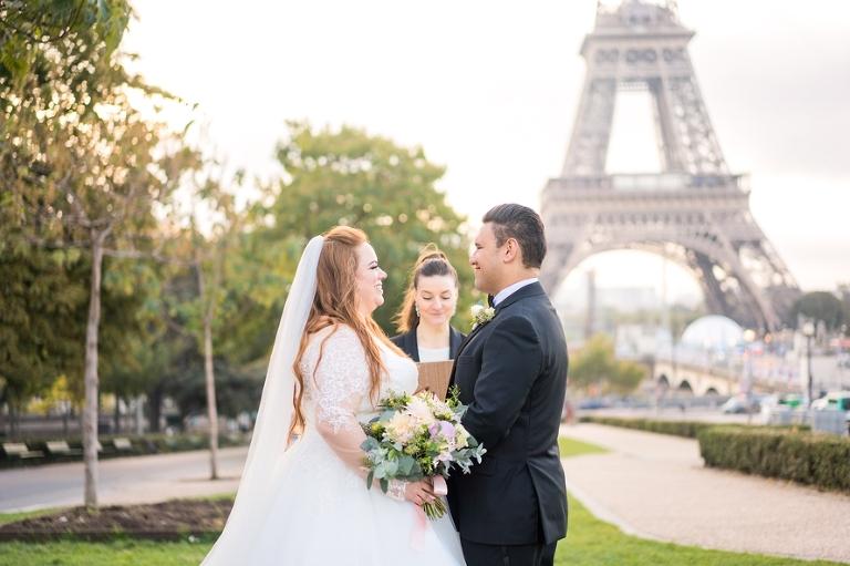 eloping to Paris Eiffel Tower wedding