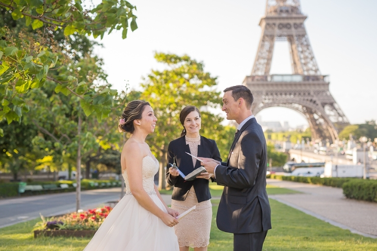 Paris officiant elopement ceremony