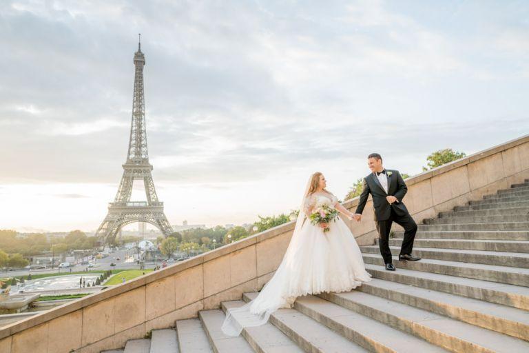 getting married in Paris Eiffel Tower wedding