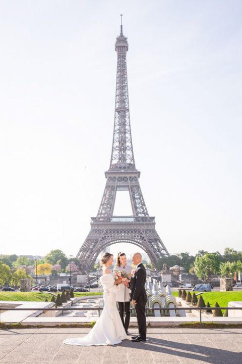 Eiffel Tower wedding officiant ceremony