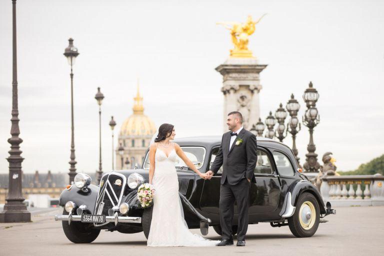 vintage car wedding elegant bridge paris